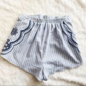 Lulus CobbleStone Street Embroidered Shorts Size S
